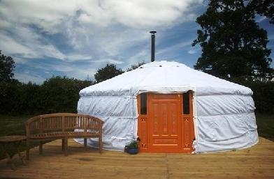 glamping-somerset-yurts