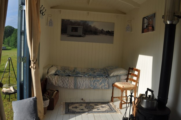 glamping-norfolk-shepherds-hut-interior