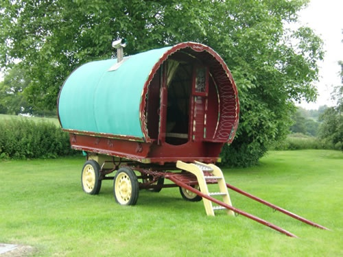 glamping-suffolk-gypsy-caravan-hollow