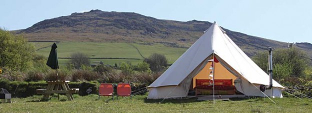 glamping-wales-seithfed-nef-bell-tent
