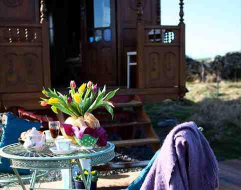 glamping-scotland-roulotte-retreat-intro