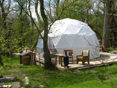 glamping-wales-powys-cosy-under-canvas-dome