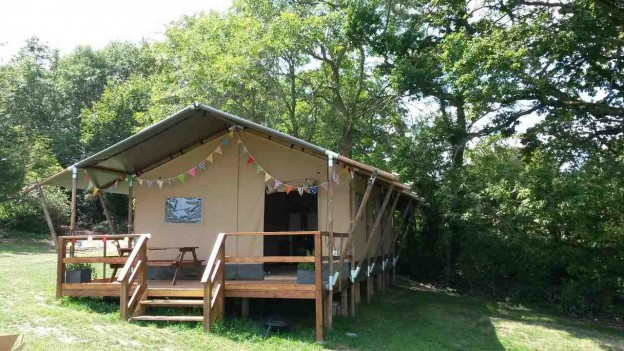 glamping-isle-of-wight-red-squirrell-glamping-safari-tent