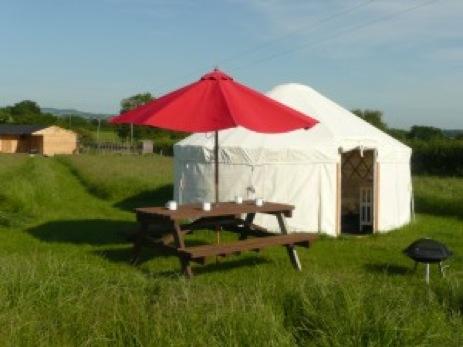 glamping-dorset-sockety-farm-yurts