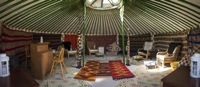glamping-hampshire-cedar-valley-yurt-b