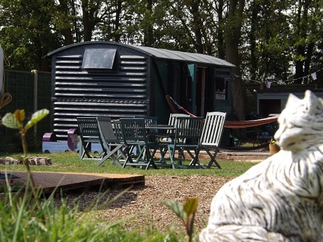 glamping-norfolk-glamping-holidays-train-carriage