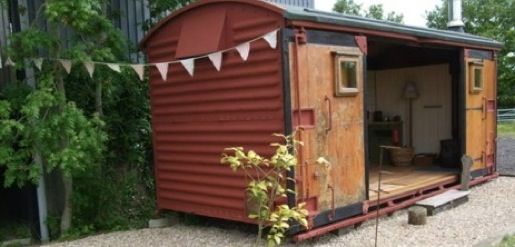 HOLLY FARM HOLIDAYS Glamping Somerset