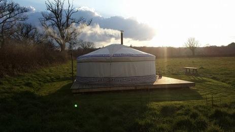 glamping-somerset-holly-farm-holidays-yurts