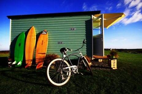 glamping-wales-gower-three-cliffs-classic-shepherds-huts-surf