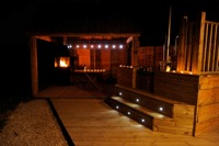 glamping-warwickshire-with-hot-tub-teeny-weeny-deck