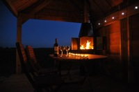 glamping-warwickshire-with-hot-tub-teeny-weeny-house-evenings