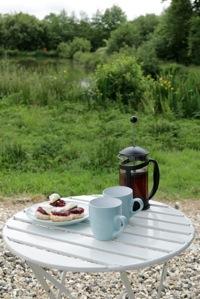 glamping-cornwall-hut-retreat-cream-tea-s