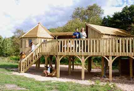 glamping-scotland-harvest-moon-holidays-the-treehouse