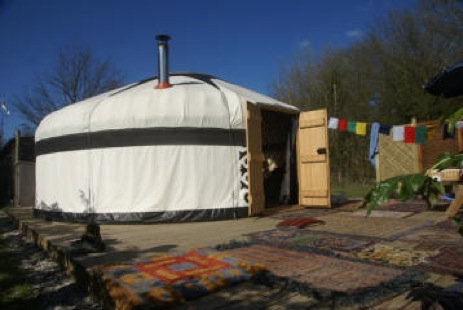 glamping-sussex-dogwood-glamping-the-yurt