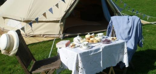 glamping-devon-deer-valley-glamping-the-bell-tent-cream-tea