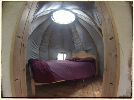 glamping-the-lake-district-wild-in-style-the-yurt-bedroom