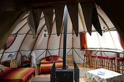 glamping-wales-larkhill-tipis-alachigh
