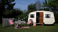glamping-kent-vintage-caravan-from-glampervan-hire-company