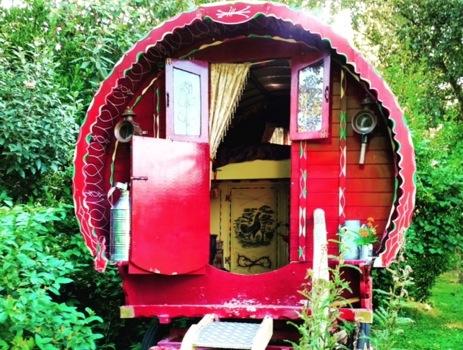 glamping-suffolk-gypsy-hollow-caravan-life