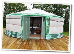 glamping-cornwall-east-thorne-yurt-s