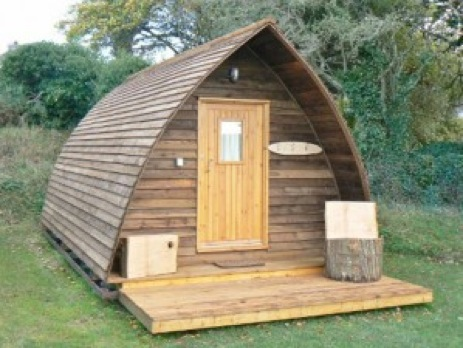 glamping-cornwall-tehidy-holiday-park-cabin_1