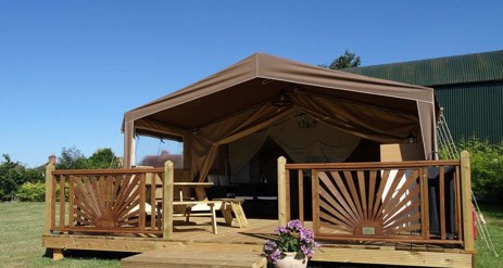 PrevNext & Glamping The Cotswolds
