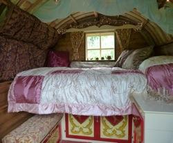 glamping-cornwall-outlandish-holidays-gypsy-wagon-s