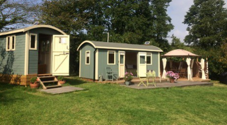 glamping-cornwall-safari-cornwall-huts-for-holiday