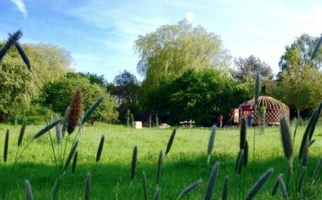 glamping-hertfordshire-northaw-orchard-yurts