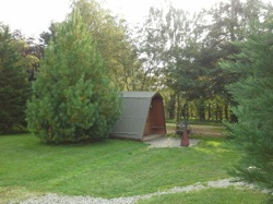 glamping-shropshire-greenway-touring-park-pod-by-tree-s
