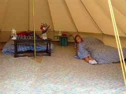 glamping-wales-beavers-retreat-bell-tent-interiors-s