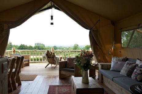 galmping-dorset-loose-reins-safari-tent-view