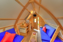 glamping-scotland-with-hot-tub-loch-tay-wigwam-interiors