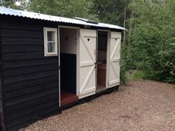 glamping-sussex-the-original-hut-company-wash-hut-s
