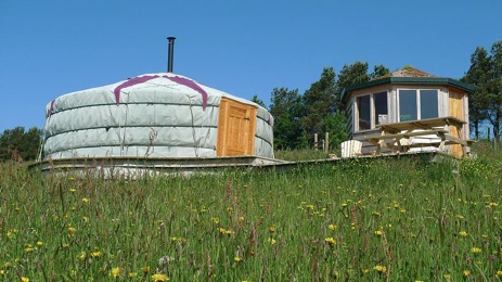 glamping-wales-kite-hill-the-yurt