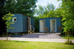 glamping-hampshire-meon-springs-huts-s