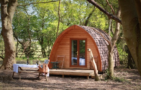 glamping-suffolk-west-stow-pods-pod-with-picnic-table