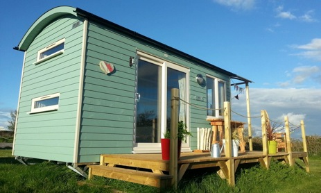glamping-gower-wales-scamper-holidays-rhossili-hut