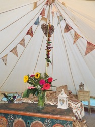 glamping-the-cotswolds-orchard-bell-tent-bedroom-p