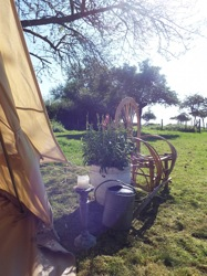 glamping-the-cotswolds-orchard-views-p