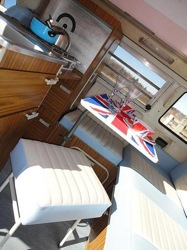 campervan-hire-yorkshire-and-northumberland-castle-coast-campers-s