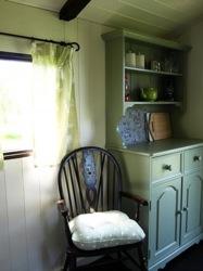 glamping-derbyshire-the-peak-district-new-hanson-hut-interior-s