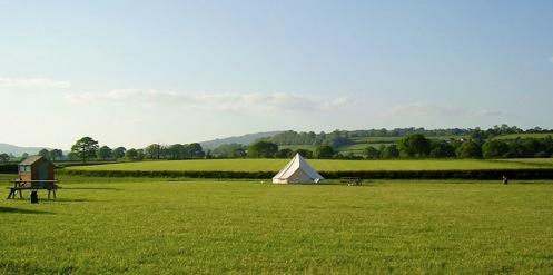 glamping-dorset-old-bidlake-farm-bell-tent