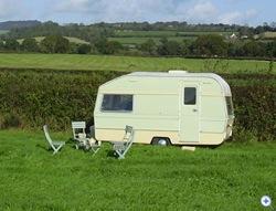 glamping-dorset-old-bidlake-farm-vintage-caravan-s