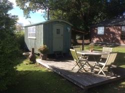 glamping-scotland-rubersview-hut-s