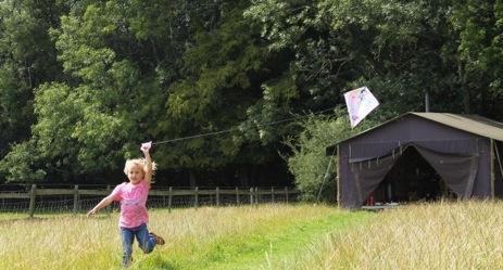 glamping-sussex-featherdown-farms-cranfields-safari-tent