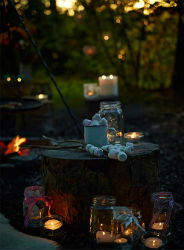 glamping-with-hot-tub-wales-cosy-under-canvas-marshmallows-s