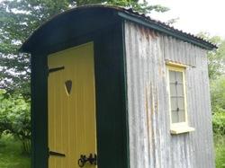 glamping-kent-the-nut-plat-retreat-facilities-van-s