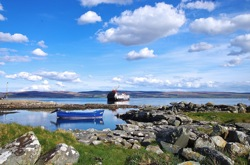 glamping-scotland-isle-of-gigha-boats-s