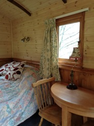 glamping-wales-bala-tyn-y-fron-bed-and-dining-s